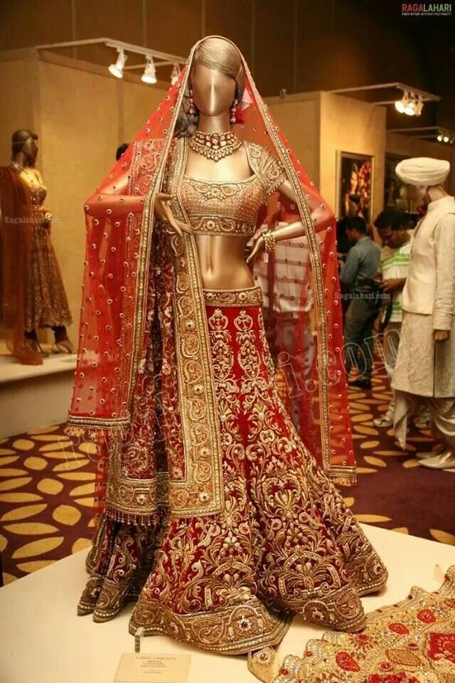 Beautiful bridal Red Lahenga with Double Dupatta Wedding
