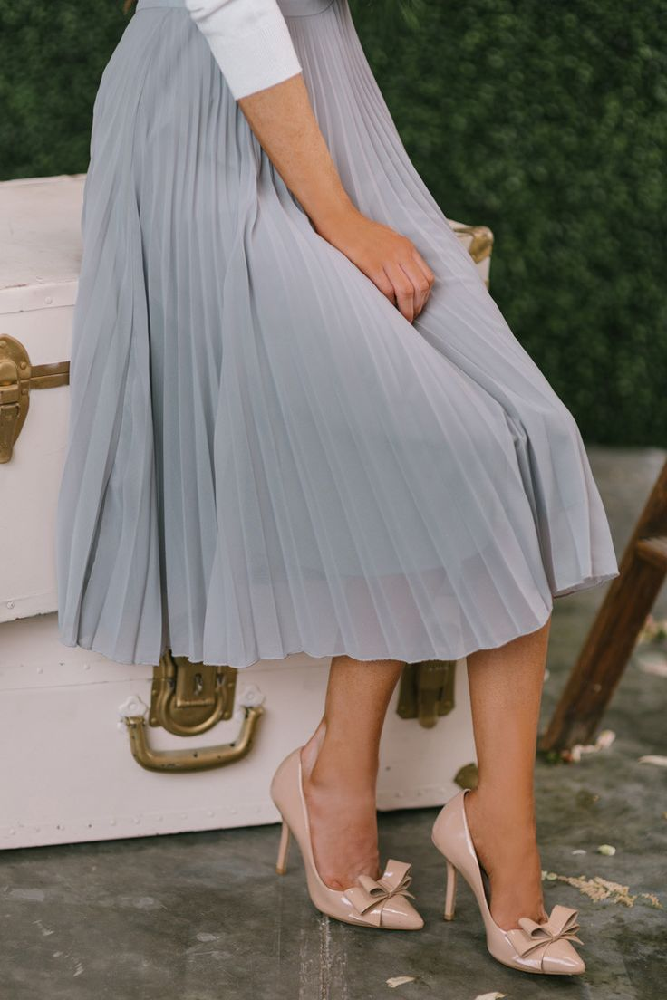 25 Best Ideas About Pleated Midi Skirt On Pinterest