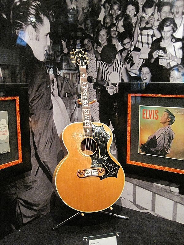 17 Best Images About Elvis Amp Priscilla On Pinterest Elvis And Priscilla Milwaukee And In Las