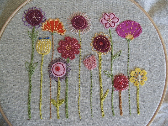 embroidered flowers ♥