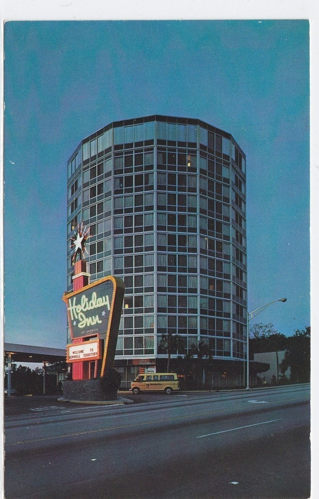 The Iconic Holiday Inn On Tennessee Street In Tallahassee