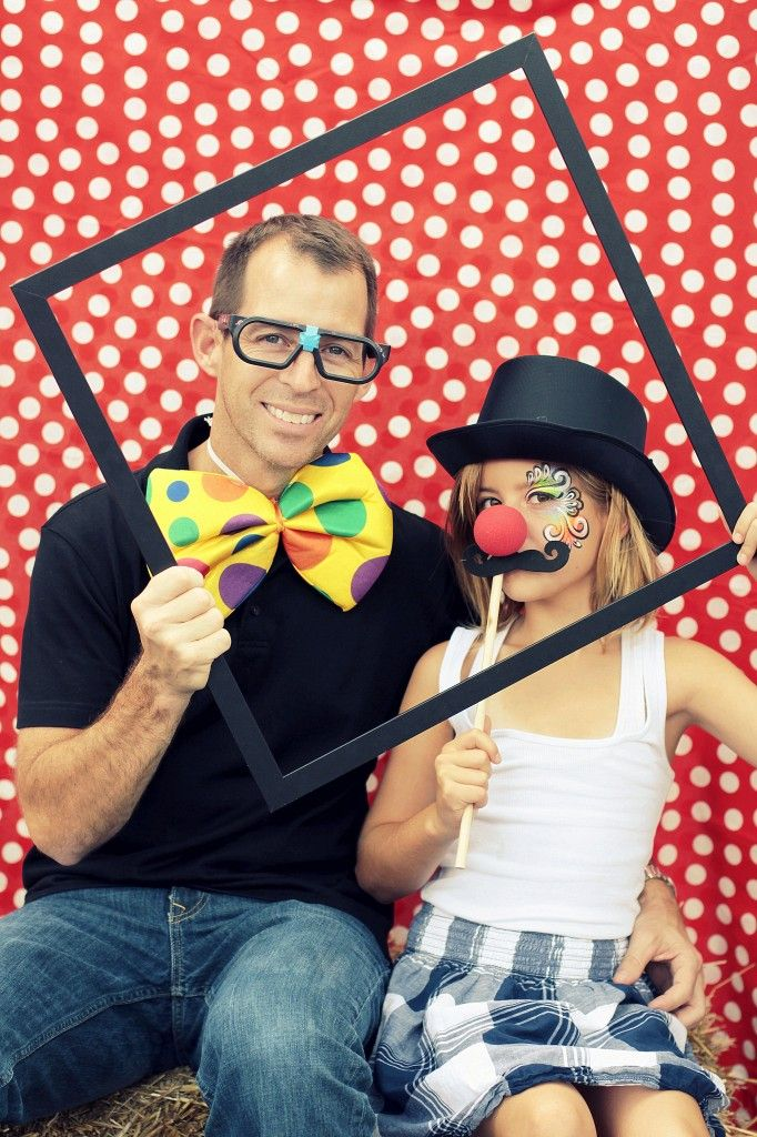 Photo Booths are so much fun so why not include one at your School Carnival? Families will love being able to access their own