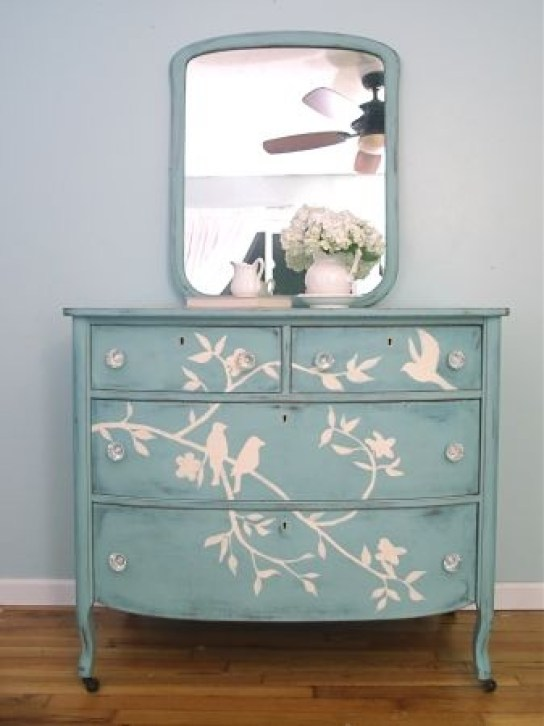Gorgeous dresser with mirror!