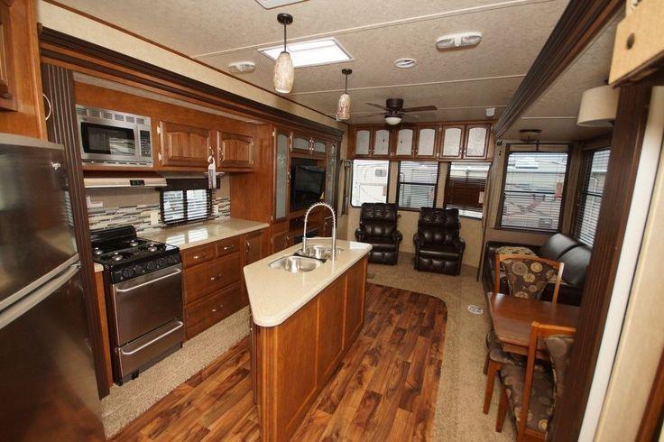 2015 Forest River Wildwood Lodge RV T4092BFL Camper