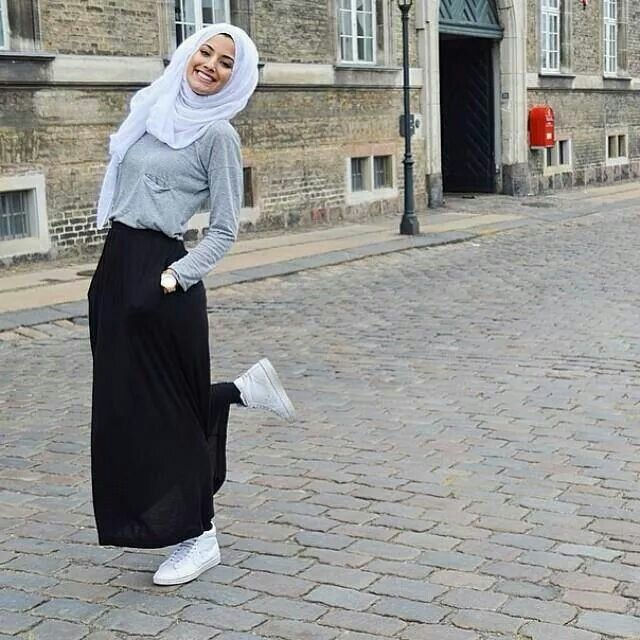hijab with sneakers 2016