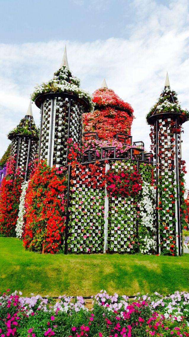 Flower castle Dubai miracle garden Colourful Life