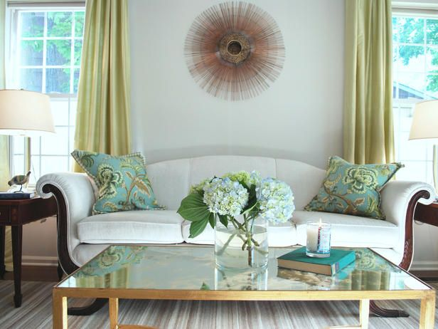 Green Living Room Ideas With White Sofa Turquoise Pillows