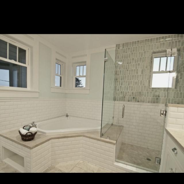 Similar Configuration With Glass Shower Stall Bathroom Pinterest Shower Tub The Ojays