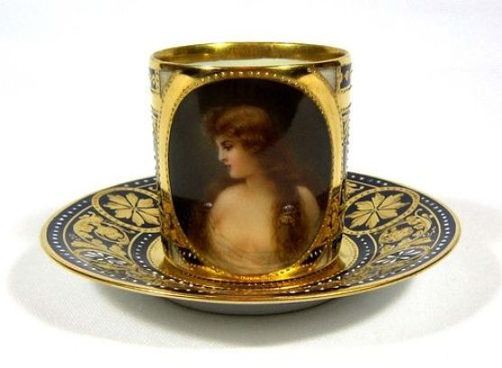 "Royal Vienna Style Asti Lady ""Charme"" Cup & Saucer @ 瓷海無涯 :: 隨意窩 Xuite日誌:"