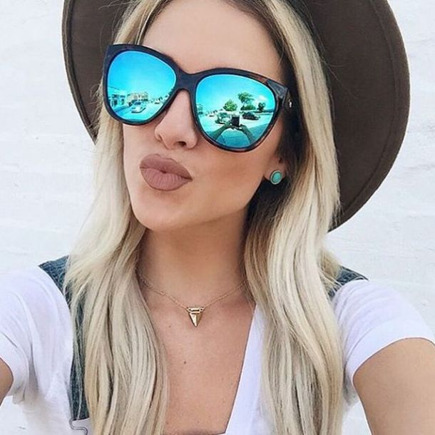 Image result for Jennifer Lopez loves the cheap sunglasses from Quay Australia