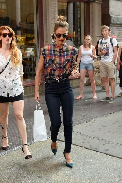 Jessica Alba. Fall mix perfection | accessories ...