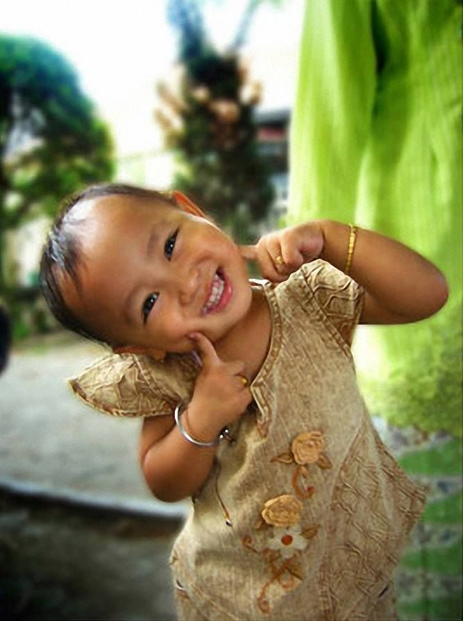 My Heart, so precious, I won't trade for a hundred thousand souls, yet your one smile takes it for Free. ~ Rumi