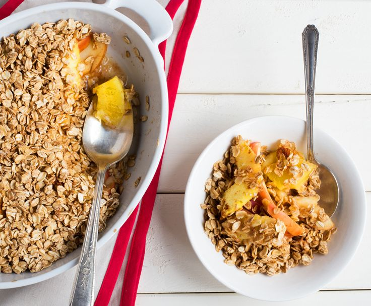 Apple Pineapple Crisp — dessert for breakfast! Get the recipe on our blog.