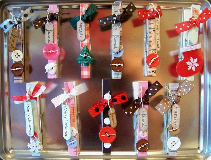 Clothespins to hang christmas cards crafts