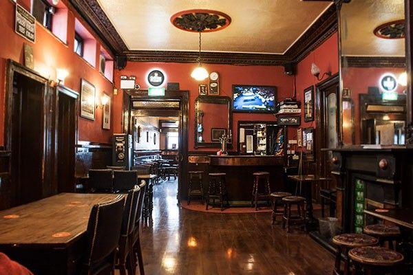 Irish Pub Style Mulligans Dublin Lovely Victorian Style