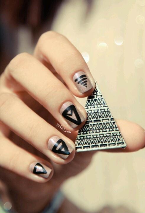 Triangle Nail Design Nails Pinterest Triangle Nails