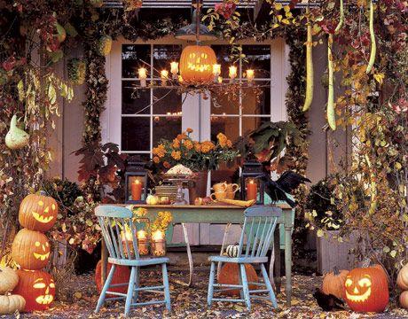 Outdoor Halloween decorations: