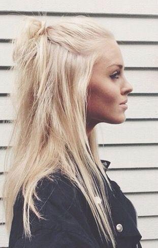the 25 best bleached hair ideas on pinterest bleach hair bleach hair color and bleach blonde