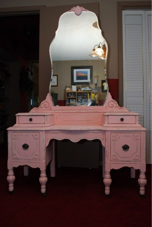 Dishfunctional Designs: Youre So Vain! Vintage Vanities & Dressing Tables