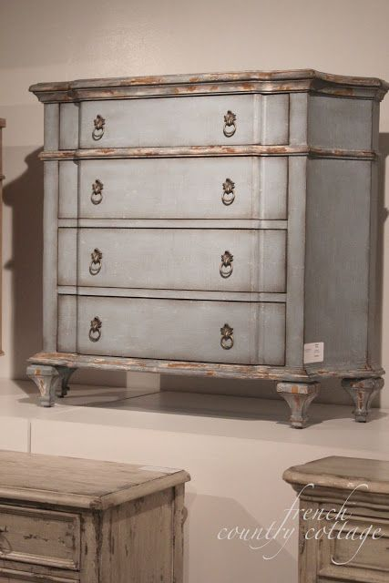 1000 Images About Shabby Chic Dressers On Pinterest Vintage Dressers Distressed Dresser And