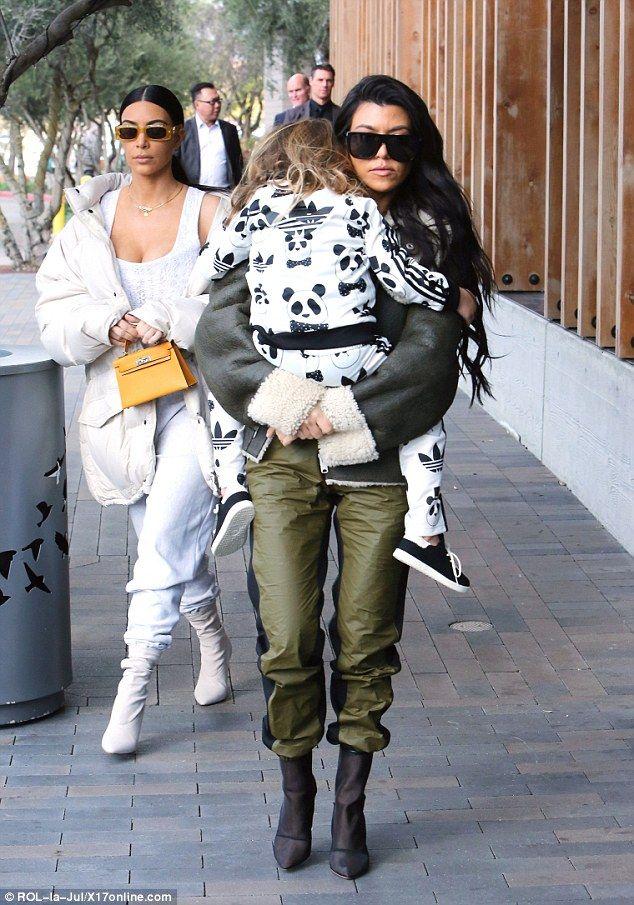 1000 Ideas About Kourtney Kardashian On Pinterest