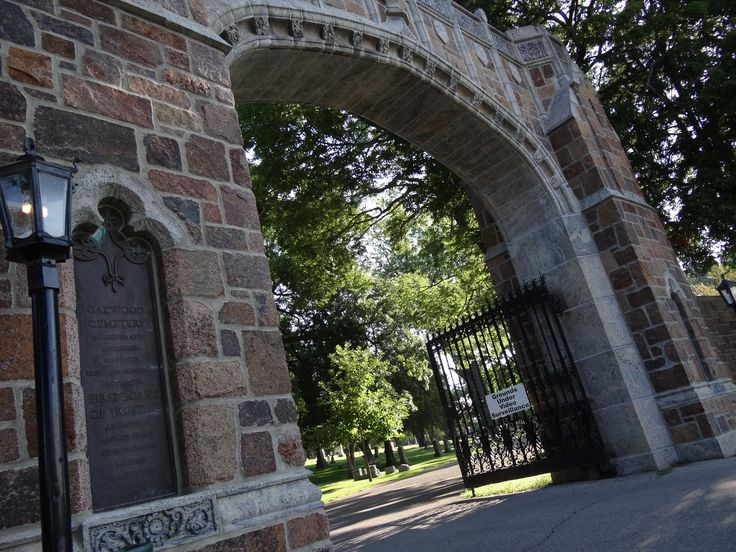 Oakwood Cemetery is the burial site of the famous Mayo br