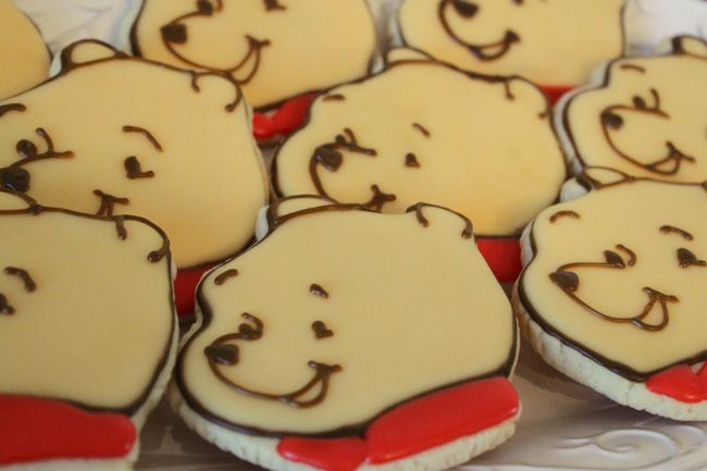 1000 Images About Pooh Birthday On Pinterest Cute Cakes