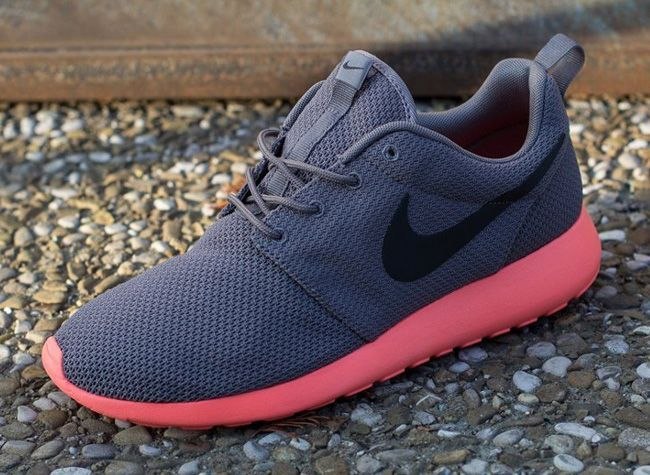 Nike Roshe Run – April 2013 Collection – Grey and Total Crimson