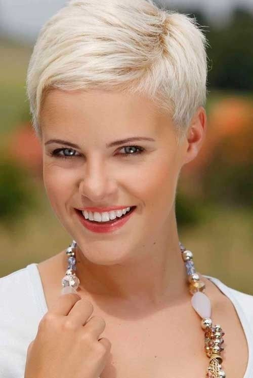 23 Short Layered Haircuts I