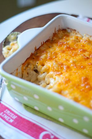 Classic Macaroni and Cheese | Never Enough Thyme – Recipes and food photographs with a slight southern acc