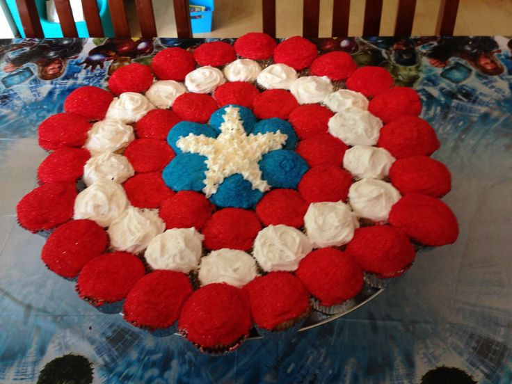 Captain America Shield Cake Made From Cupcakes Benson S