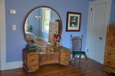 Art Deco Waterfall Bedroom Set Vanity Mirror Dresser