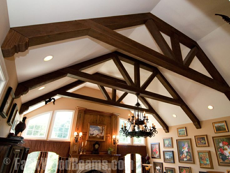 Family Room Ceiling And Arch Wall
