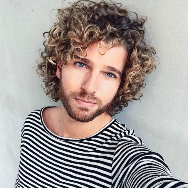 Best 25 Men  curly  hair  ideas on Pinterest Men  curly