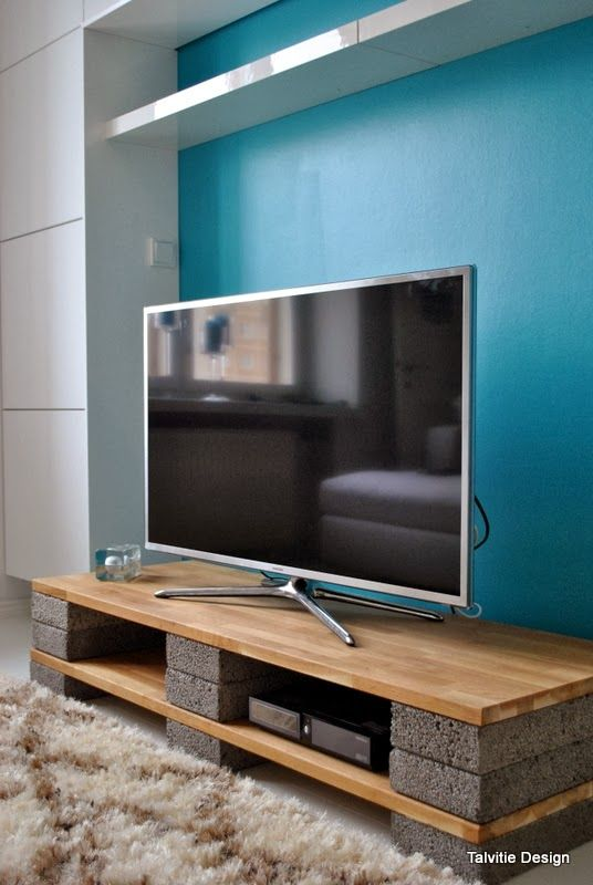 Form Follows Function – DIY TV stand