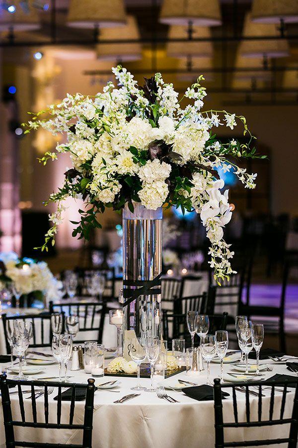 Tower Wedding Centerpiece Table Arrangement Ideas