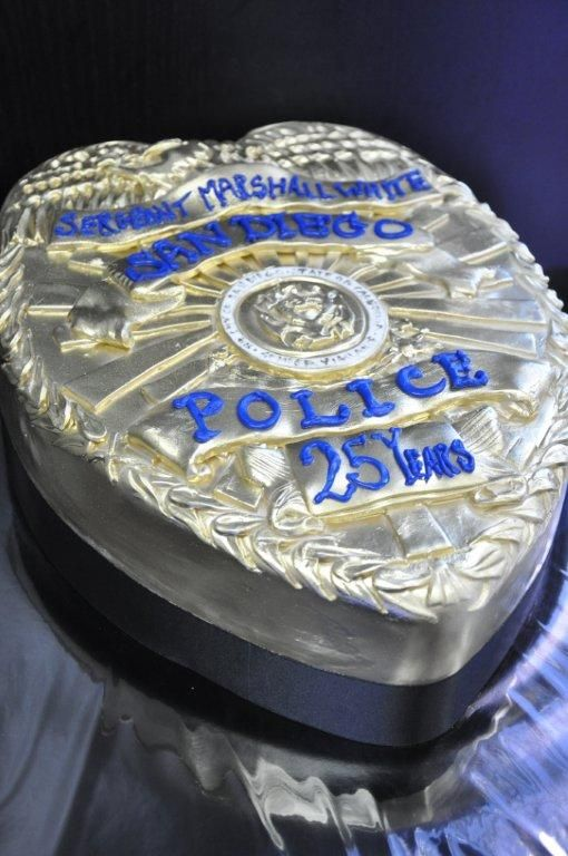 25 Best Ideas About Police Cakes On Pinterest Police