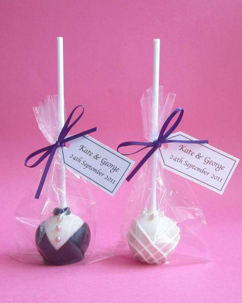 https://i2.wp.com/s-media-cache-ak0.pinimg.com/736x/4e/ab/2a/4eab2af1d0392be1a31048676161048a--best-wedding-cakes-wedding-cake-pop-favors.jpg?resize=489%2C612&ssl=1