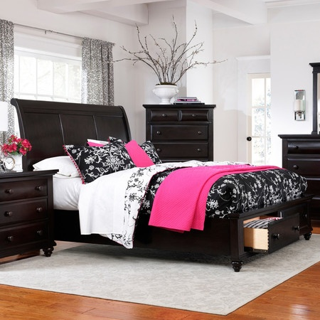 For The Broyhill Furniture Farnsworth Queen Sleigh Bed With Storage At Becker World Your Twin Cities Minneapolis St Paul