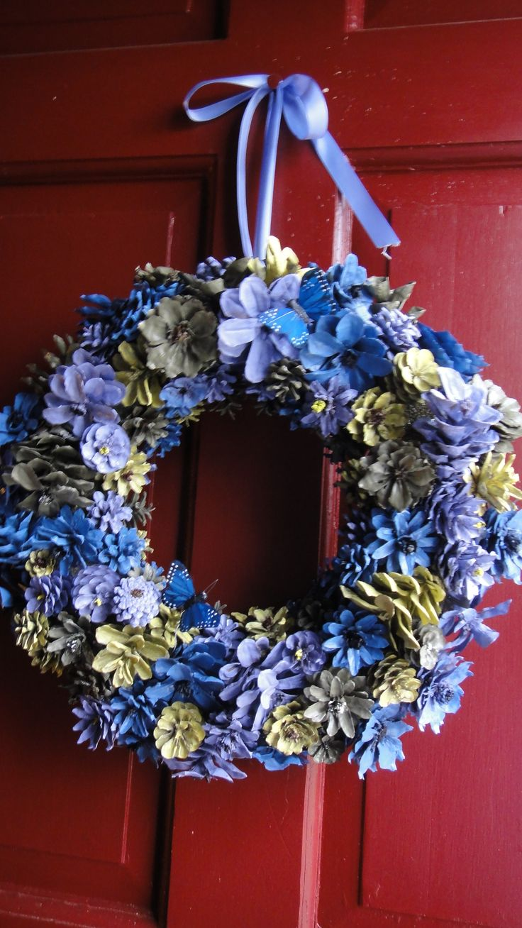 Hand Painted And Cut Pinecone Flower Wreath Visit Www