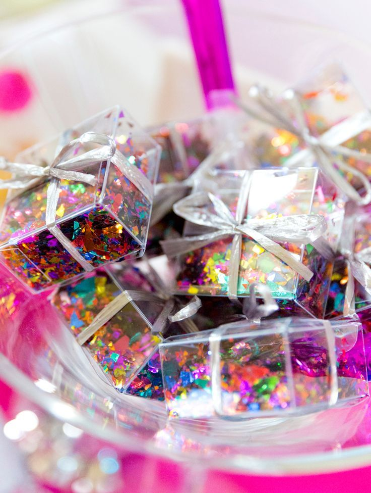 Favorite New Year's Eve Party Ideas! Party favors, Diy