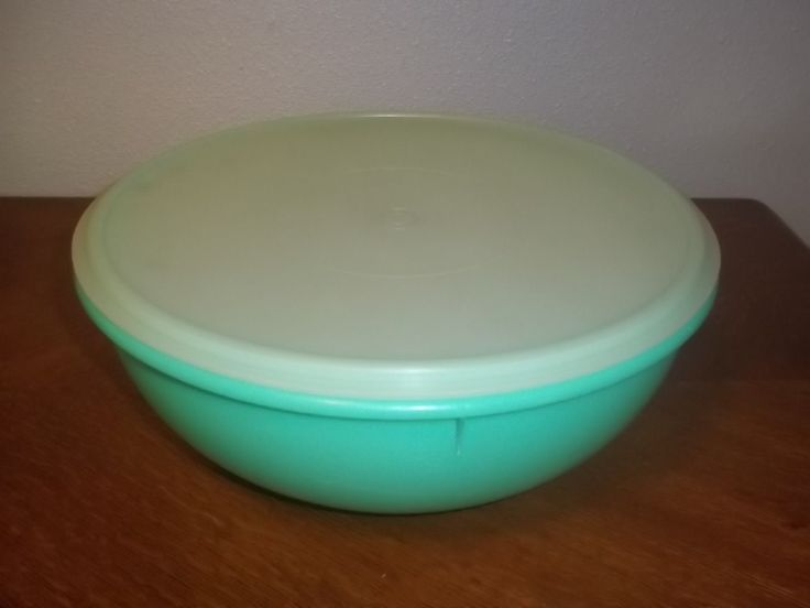 Vintage Tupperware Fix N Mix 26 Cup Bread Bowl In