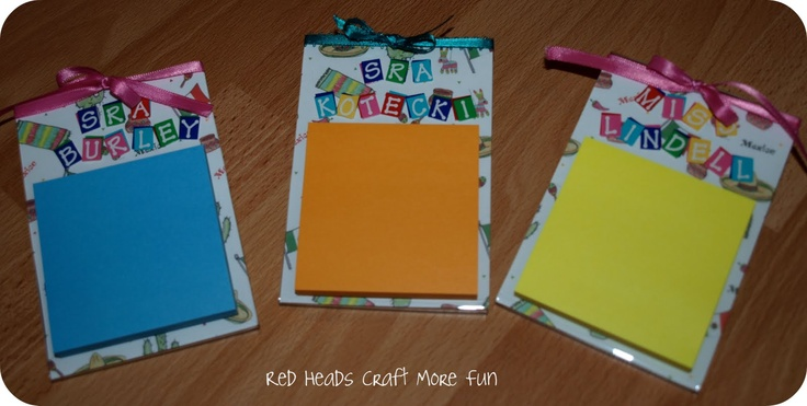 Post It Note Holder ~ Looking for an inexpensive, easy-to-make teacher or co-wor