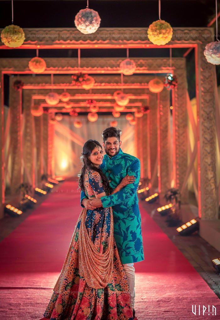 Photographer Candid Clicks! Photos, Hindu Culture, Beige