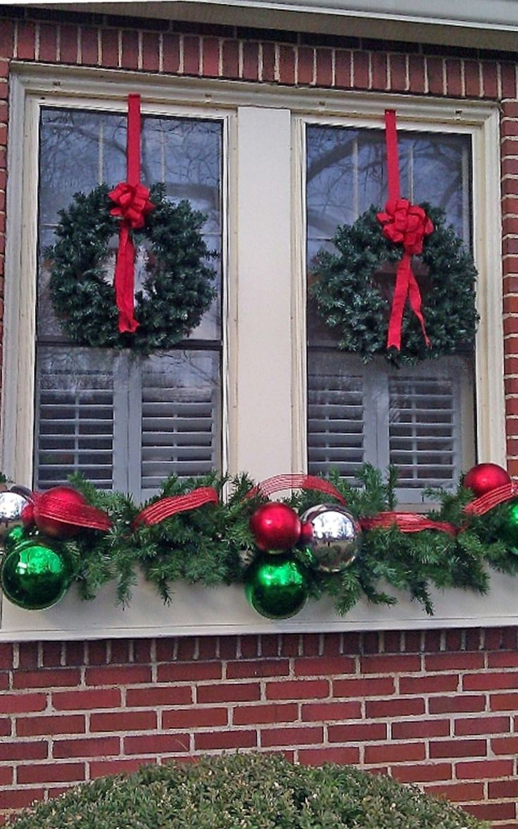 Decoration, Twin Wreaths With Red Bows For Enchanting