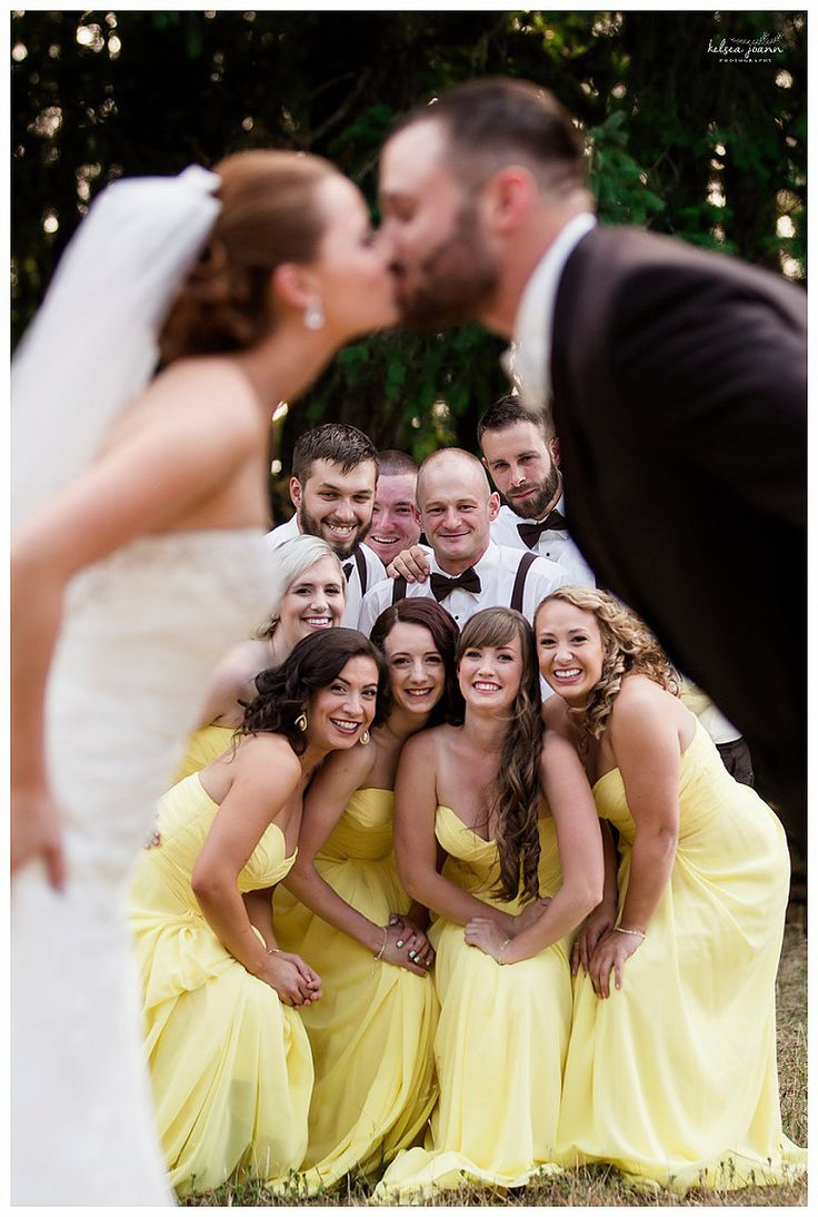 Must Have wedding party photos. Must have poses for the