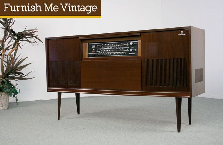 Retro 1960s Grunding Stereo Console For The Home