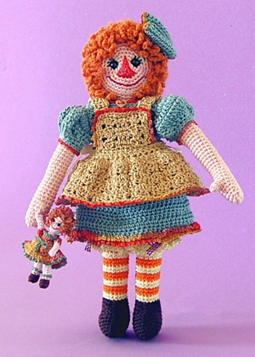 Knitted Raggedy Ann And Andy Dolls