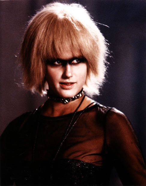 Blade Runner 1982 Daryl Hannah Plays One Of Several