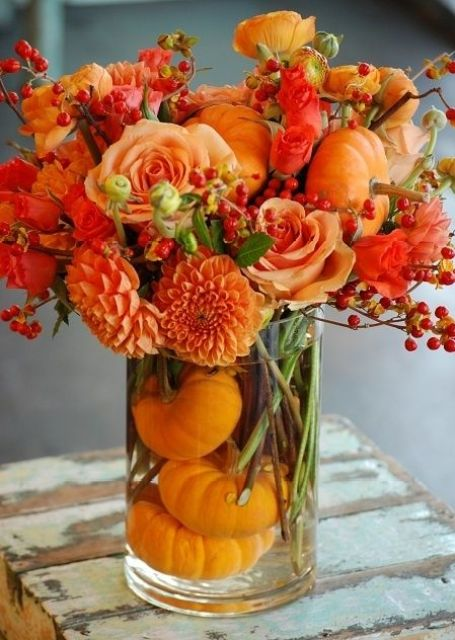 fall arrangement with pumpkins, dahlias, roses & berries. #gardening: